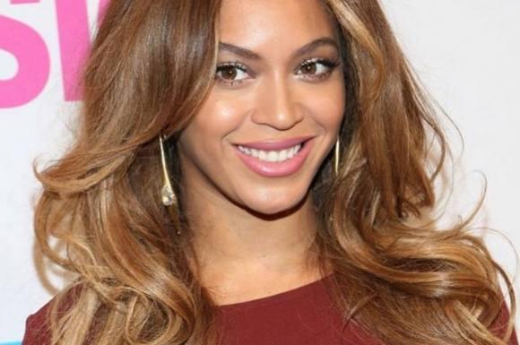Er det her Beyoncés gravide mave? beyoncé, jay z
