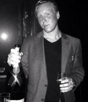 Mads Dinesen angreb tyv med sabel! mads dinesen, champagnedrengen