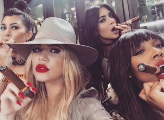 Er Kim Kardashian hemmelig agent? Kim Kardashian, instagram, agent