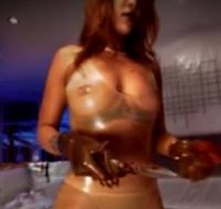 Sexet Rihanna piner Mads Mikkelsen! rihanna