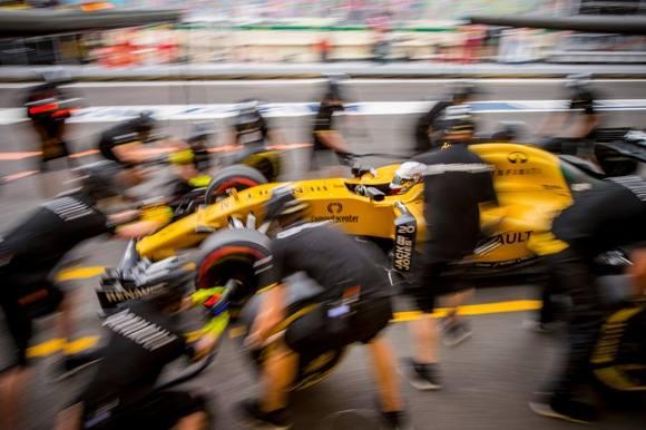 Magnussen triumfere trods omstændighederne! Kevin Magnussen, Formel 1, F1, Renault, Racing, Baku, Azerbaijan