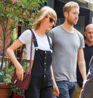 Say What?! Her er Taylor Swifts dagsløn! taylor swift, calvin harris