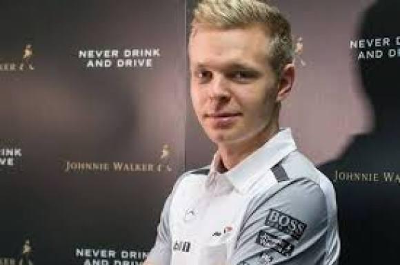Kevin afslører: Button var klar til pension! Kevin Magnussen, McLaren