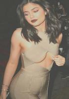Kylie Jenner laver en 'Nikita'! Kylie Jenner, Nikita Klæstrup, Kardashian