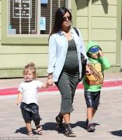 Det skal den nyfødte hedde! Kourtney Kardashian