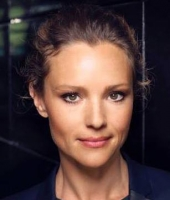 Lise Rønne kvittede tv-job pga. stress! lise rønne, dr, aftenshowet