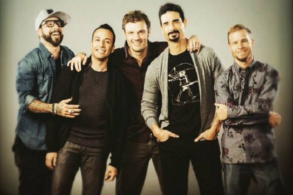 Boyband genforenet i talkshow! Backstreet Boys, genforenet, James Corden