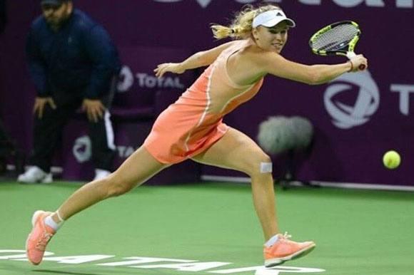 Wozniacki mister OL-plads! Caroline Wozniacki, OL, ankelskade, fed cup, istanbul, tennis
