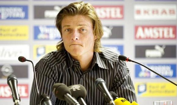 Jon Dahl Tomasson er blevet fyret! Jon Dahl Tomasson, fyret, Roda FC, træner, video