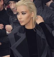 Kardashian bliver blondine: Se billedet! kim kardashian, kanye west