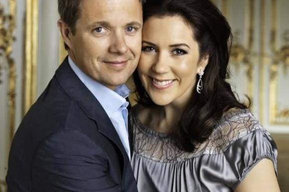 Kronprinsparret fejrer forlovelsesdag! Mary, Frederik, 13 år, forlovelses dag!