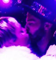 Avis: Miley Cyrus optager sexvideo! miley cyrus, patrick Schwarzenegger