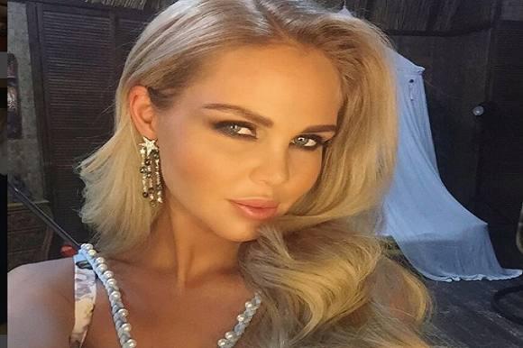 Tynd model svines til på nettet! Maria Pogrebnyak-Shatalova, model, tynd
