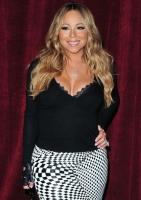 Mariah Carey bruger £115,000 på hundeferie! Mariah Carey, sangerinde, luksus