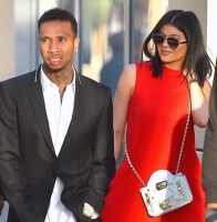 Kylie Jenner får formue for porno! kylie jenner, kim kardashian