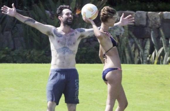 Nina Agdals ekskæreste skal giftes til sommer! Nina Agdal, Adam Levine, Behati Prinsloo