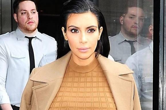 Nøgen Kim Kardashian bodypaintet! kim kardashian west, kim kardashian