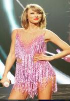 Selena Gomez større end Taylor Swift! Taylor Swift,Selena Gomez,Kim Kardashian, Ariana Grande, Beyonce
