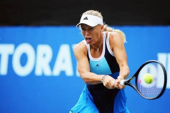 Carolines øv-dag: Nederlag og skade! caroline wozniacki, tennis