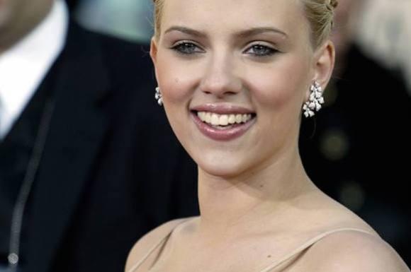 Scarlett elsker danske juletraditioner! scarlett johansson, hollywood