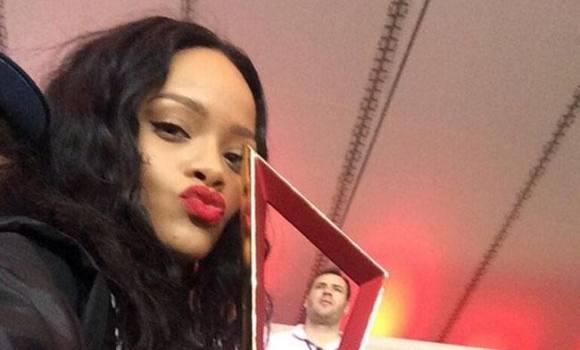 Rihanna flashede sin BH da Tyskland vandt ! Rihanna, Mario Götze, Beckham, Daniel Craig, fodbold,