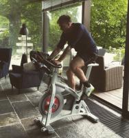 Julie sviner avis over Bendtner-rygte! julie zangenberg, nicklas bendtner