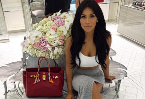 Kardashian-kopi: Er hun lækrere end Kim? Kim Kardashian, Kamilla Osman