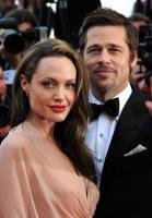 Brad og Angelina vil købe græsk! Brad Pitt, Angelina Jolie, Brangelina