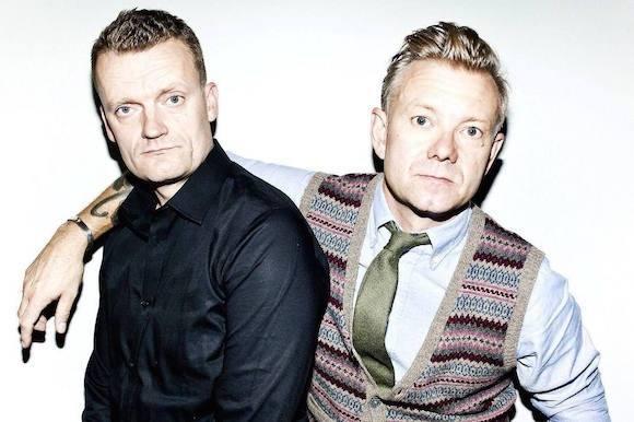 Klovn-duo viser alt på ny nøgenplakat! klovn, casper christensen, frank hvam