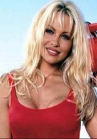 Pamela Anderson nøgen i ny thriller! Pamela Anderson, nøgen, film
