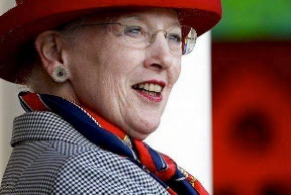 Danskerne: Nu skal Margrethe gå af! kongehuset, dronning margrethe