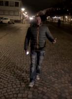 Video: Ronni Garner hitter igen! Ronnie Garner, kærlighed gør ondt