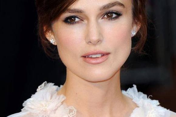 Keira Knightley blev gift for sjov! keira knightley, pirates of the caribbean