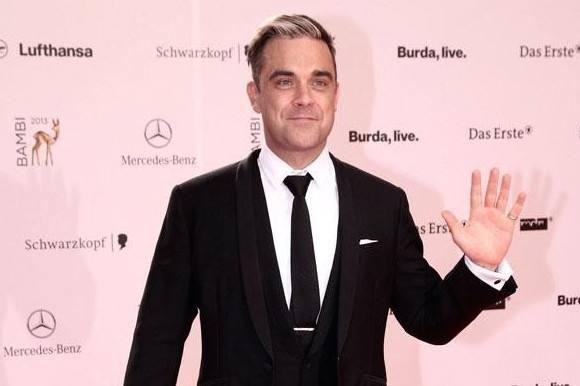 Robbie tænker stadig på stoffer! Robbie Williams, stoffer, sanger