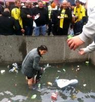 Video: Blev flaskesamler mobbet? brøndby, fck, fodbold