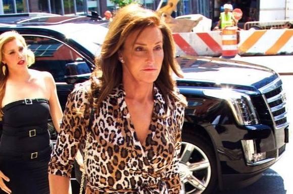 Caitlyn Jenner dater en transseksuel! caitlyn jenner, kim kardashian