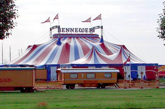 Chok: Cirkus Benneweis stopper! cirkus benneweis