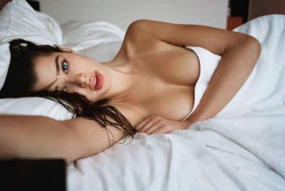 Her er den første stuerene Playboy-pige!  playboy, mcdaniels