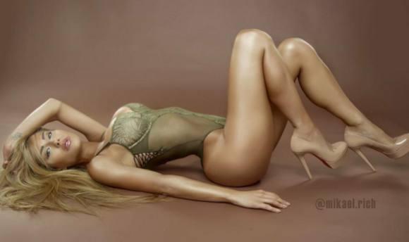 Hun er stand-in for Kardashian-bagdel! Kanye, Kardashian