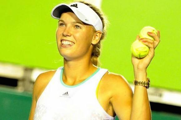 Se Caroline Wozniackis semifinale her! caroline wozniacki, tennis, kanal 5