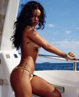 Se Rihanna fræk og topløs! Rihanna, nøgen, single, kæreste