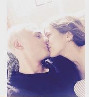 Dansk kendispar skal giftes! Sarah-Sofie Boussnina, Louis Samson, julias moon, broen