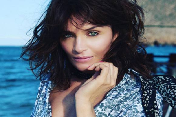 Supermodel hader internettet! Helena Christensen, supermodel, intertnettet