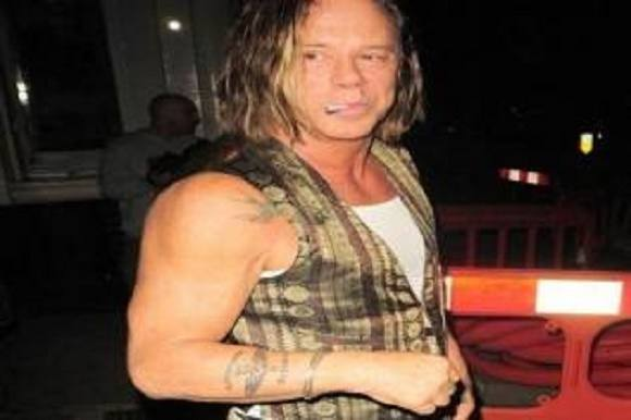 Mickey Rourkes vilde forvandling! Mickey Rourke, Sin City, The Wrestler