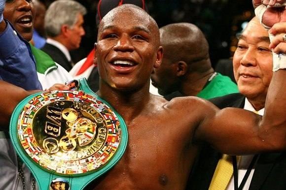 Vild tv-lørdag for boksefans! boksning, Floyd 'Money' Mayweather, Torben Keller