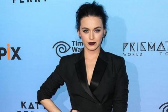Se Katy Perrys sindssyge løn! katy perry, Floyd Mayweather