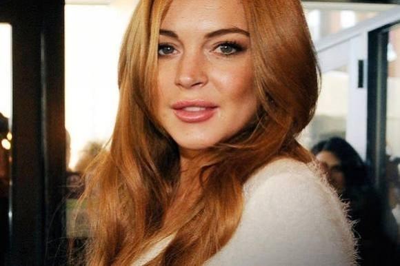 Lindsay beholder eksens diamantring! Lindsay Lohan, diamantring, ekskæreste