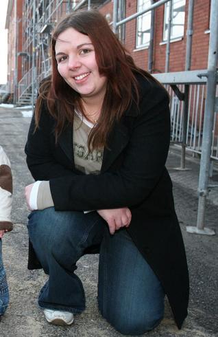 Unge mødre-Louise: Nye bryster! louise papanicolas, de unge mødre, camilla framnes,