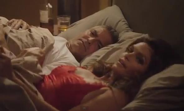 Clooney i seng med Cindy Crawford! george clooney, cindy crawford,