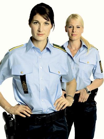 Politibetjent tager over for Dicte! dicte, anna pihl,